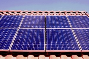 Solarenergie ist auf der eigenen Dachfläche anbringbar