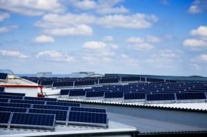 Vergleich von Kosten für Solaranlagen in den USA und Deutschland