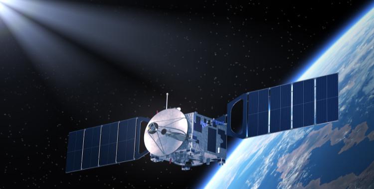"""Solarmodule im Weltall – Der Weg zu """"Stellarer Energie"""""""