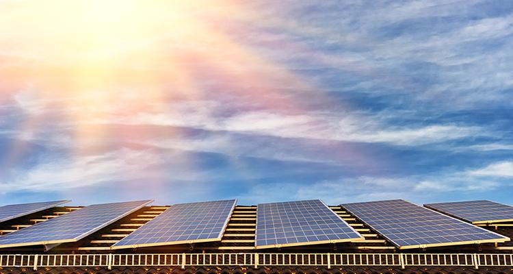Solarstromerzeugung: Zwei Rekordmonate in 2016