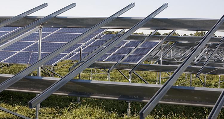 Neue Flächen für Solarparks in Bayern und Baden-Württemberg