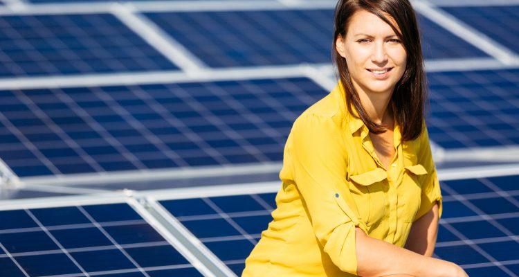 """Österreichs Solarpionierin Cornelia Daniel über """"IKES"""" und das """"100.000 Dächer Programm"""""""