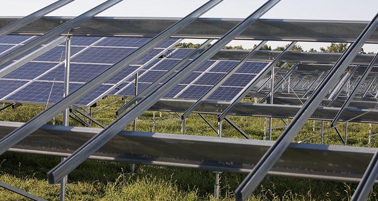 Fast dreistellig: 2017 wurden 99 GW PV-Leistung installiert